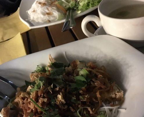 Berlin vegan - Miss Saigon - Gericht: Bún mam chay, Adresse: Skalitzer Straße 38 Ubahn: Görlitzer Bahnhof