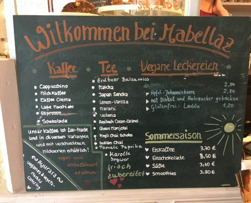 Greifswald vegan - Mabellaz Kleidercafé Angebot, Adresse: Schuhhagen 28/29 (Eingang Kuhstraße), 17489 Greifswald