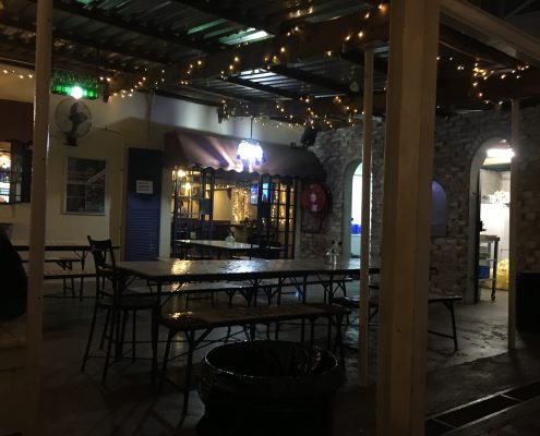 Harare - Tin Roof - Restaurant/Pub/Bar