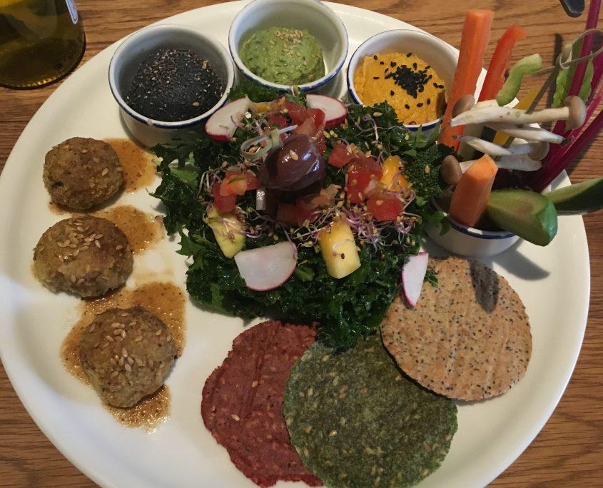 Barcelona - Flay & Kale - veganer Vorspeisenteller