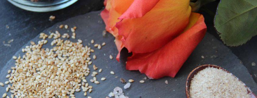 Köstliche glutenfreie, vegane Körner-Kräcker
