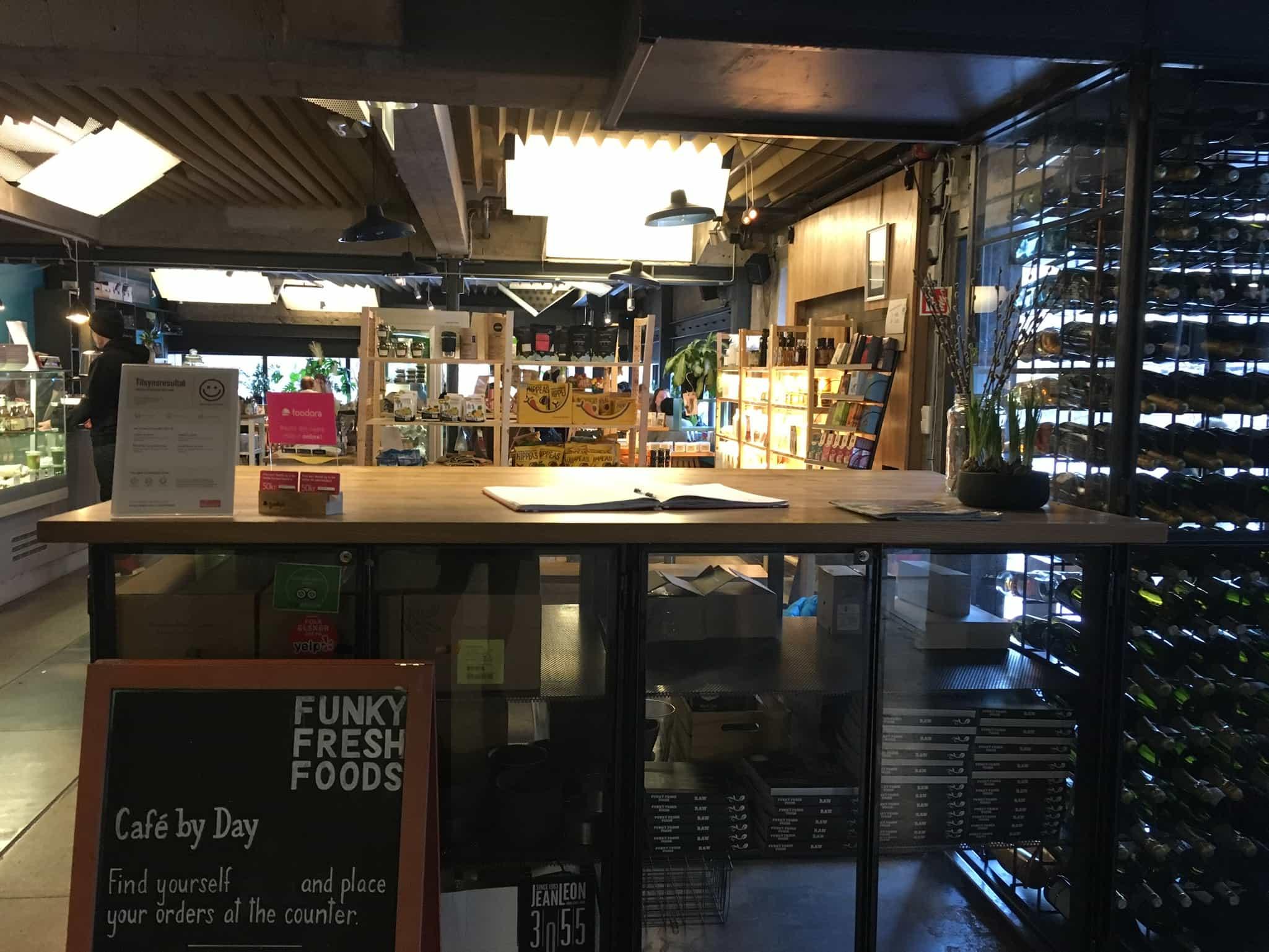 Oslo - Funky Fresh Foods - Eingang